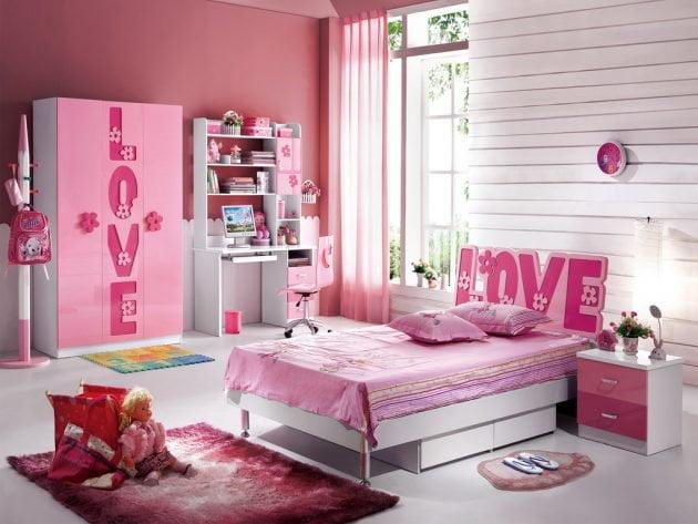Phòng ngủ màu trắng hồng cho bé gái nữ tính