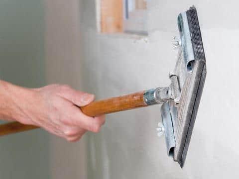 vệ sinh bề mặt tường