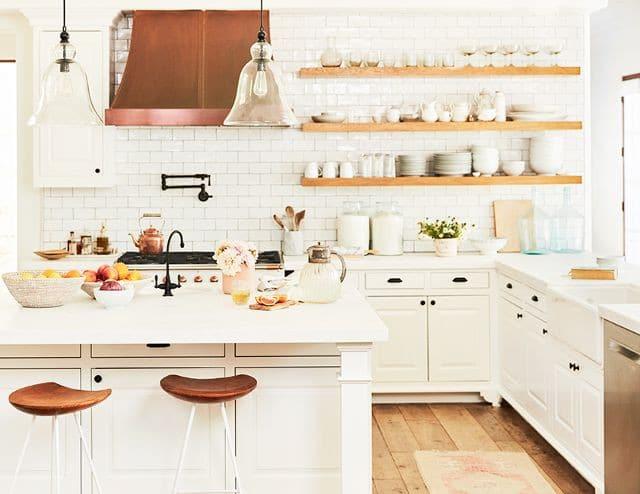 nhà bếp màu sáng